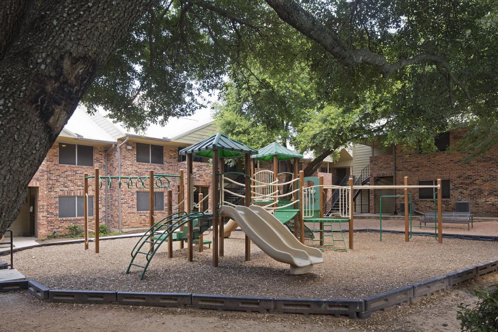 Playground at Listing #140505