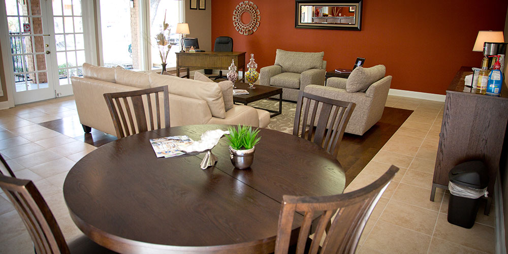 Living/Dining at Listing #141187