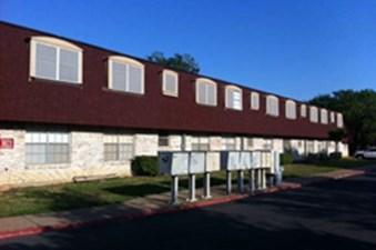 Oaks At Jane Lane 3001 Ln Haltom City Texas 76117 Apartments
