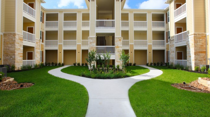 Reserve at Jones Road Apartments Houston, TX