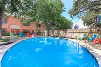 Pool at Listing #141007