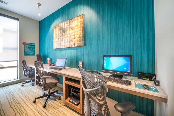 Business Center at Listing #147245