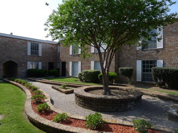 Regents Walk Apartments Houston TX