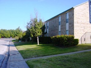 Exterior at Listing #137499