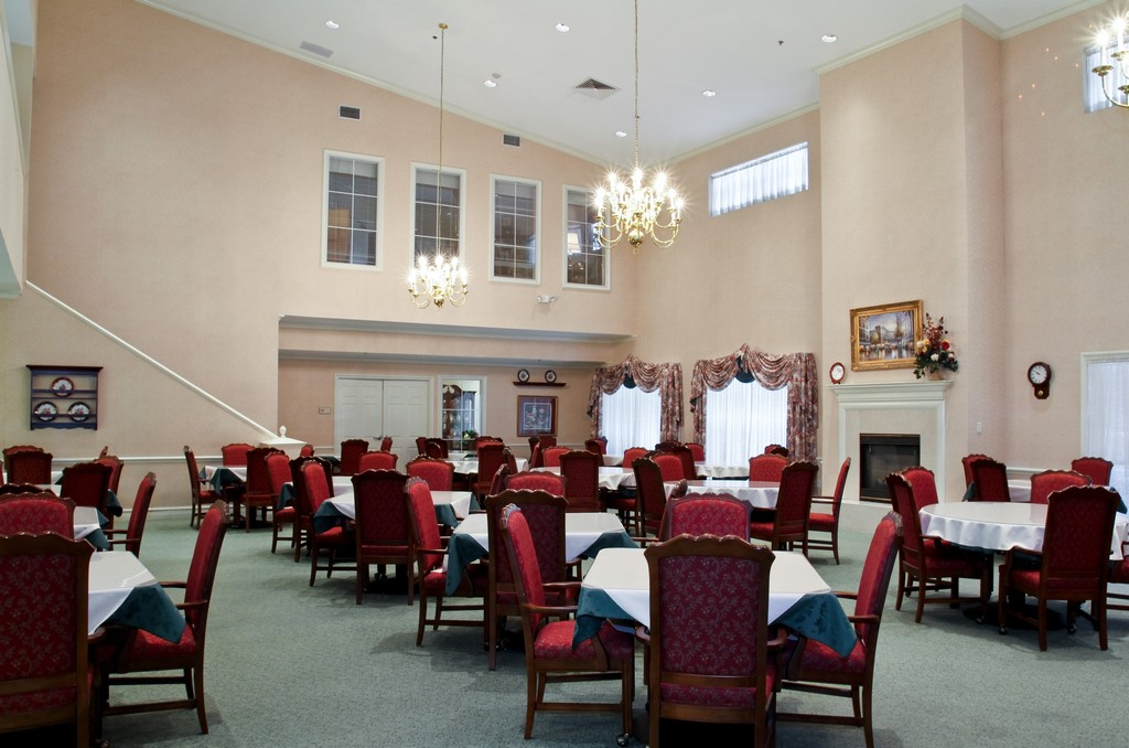 Dining at Listing #224491