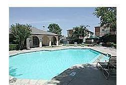 Pool at Listing #137090