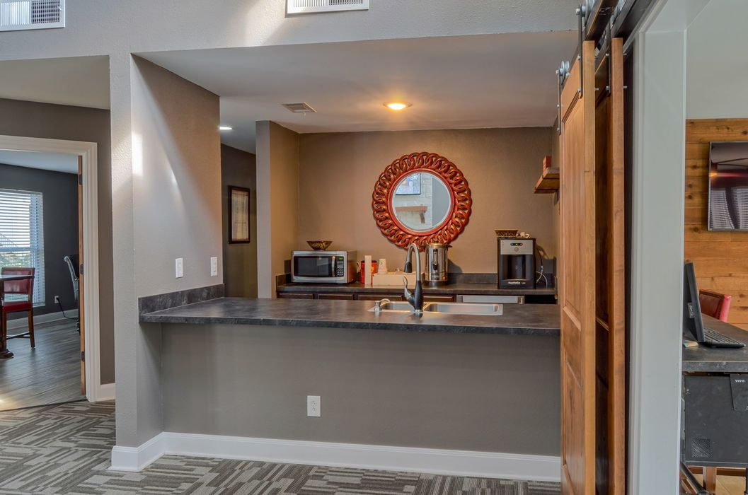 Clubhouse at Listing #136545