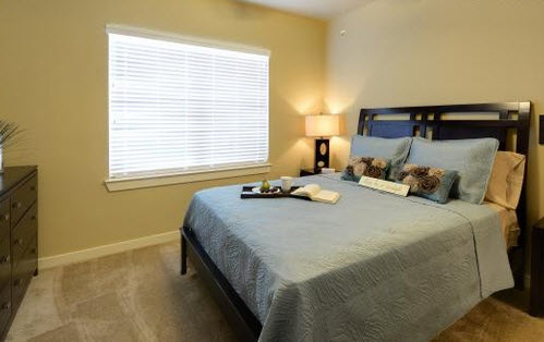 Bedroom at Listing #270396