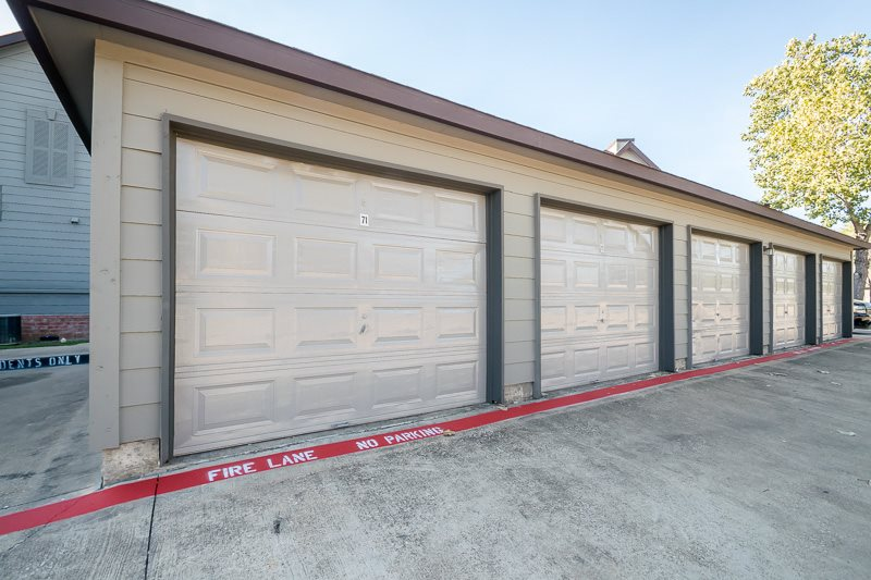 Exterior at Listing #137966