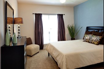 Bedroom at Listing #140763