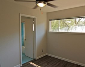 Bedroom at Listing #282815