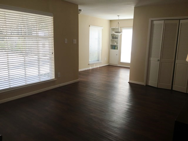 Living/Dining at Listing #138774