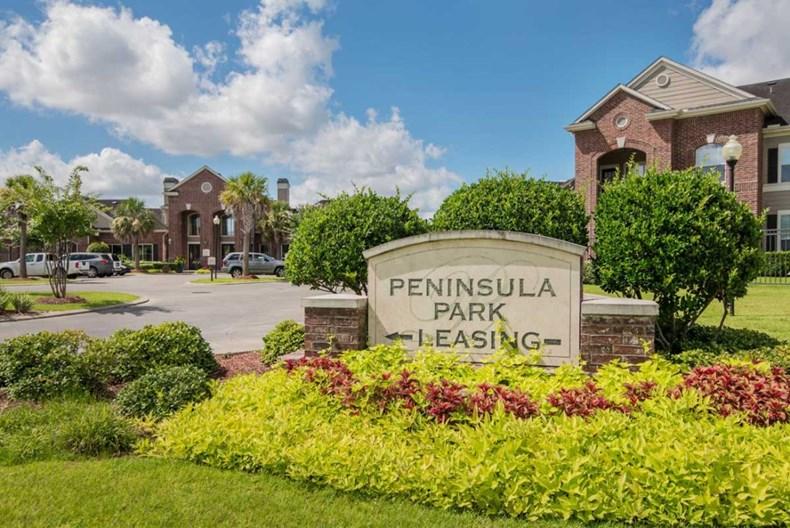 Peninsula Park Apartments