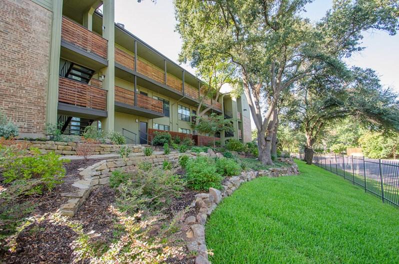 Avondale Parc at Bellmar Apartments