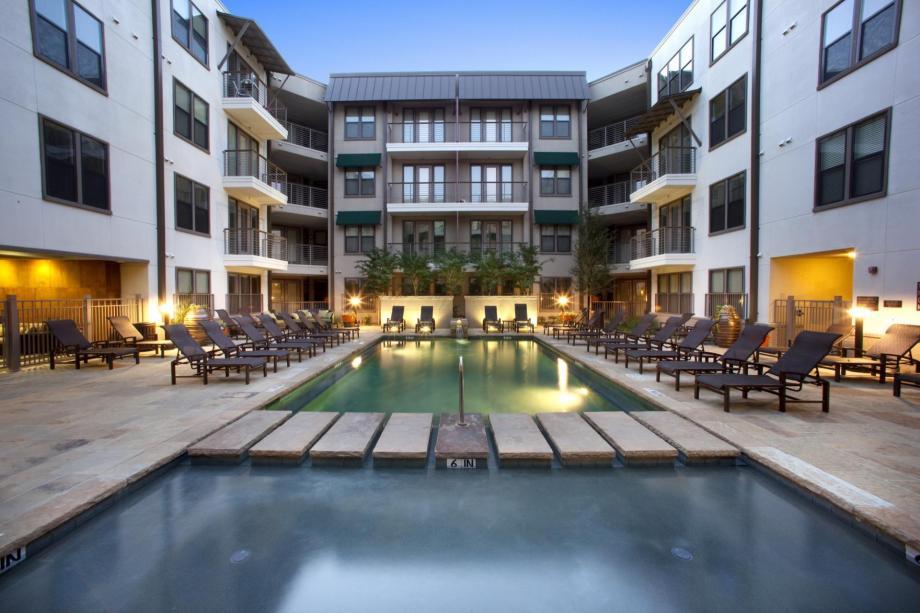 Pool at Listing #147783