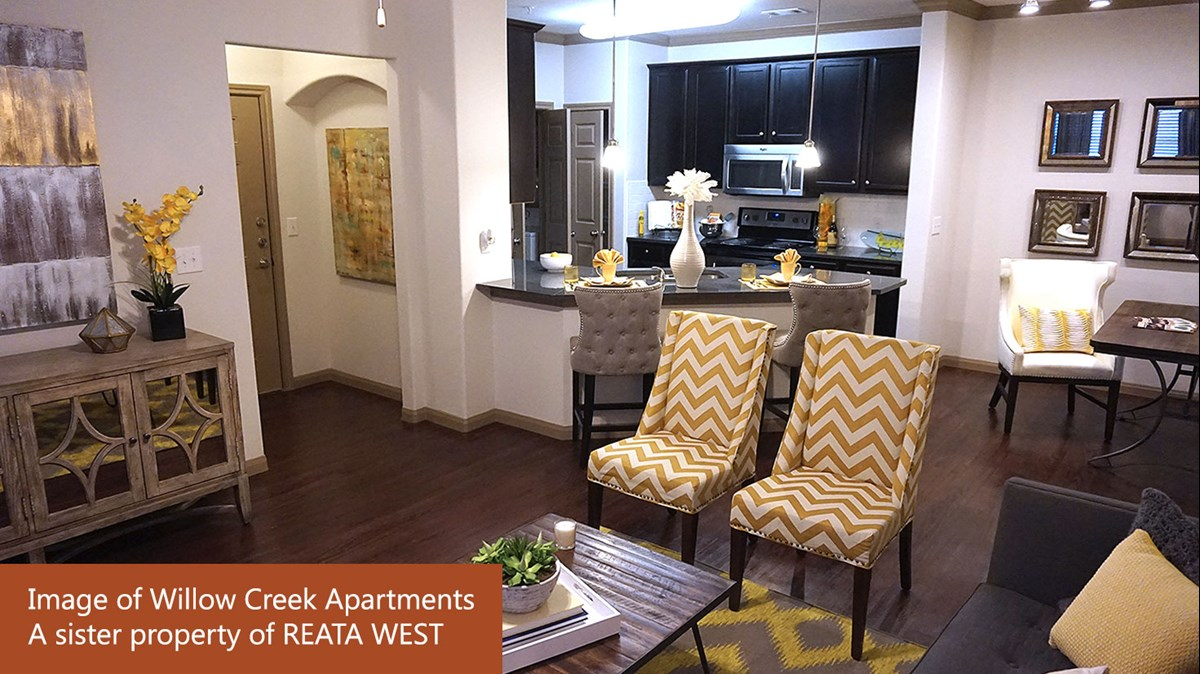 Dining/Kitchen at Listing #287306