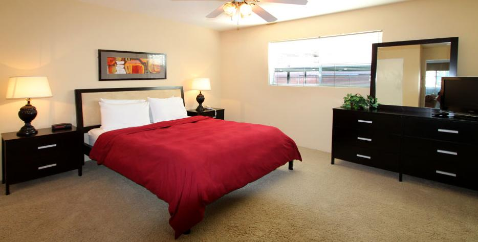 Bedroom at Listing #138830