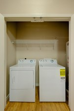 Washer/Dryer at Listing #150296