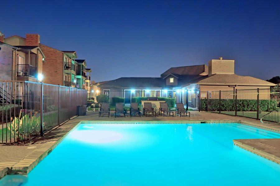 Pool at Listing #137147