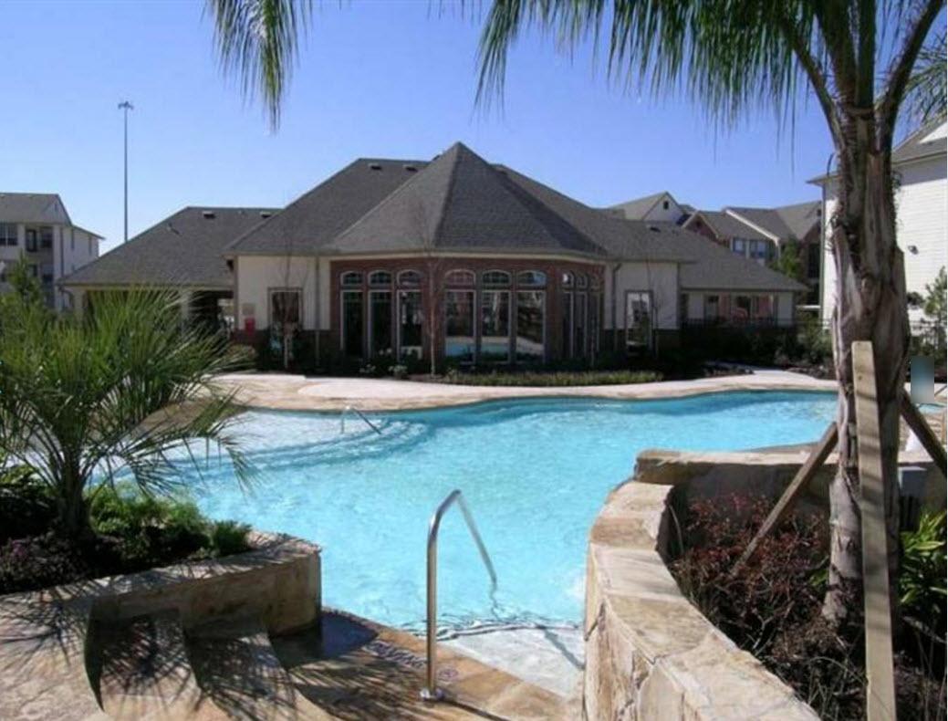 Pool at Listing #139205