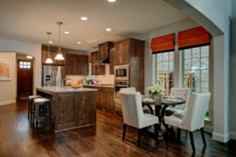 Dining/Kitchen at Listing #298168