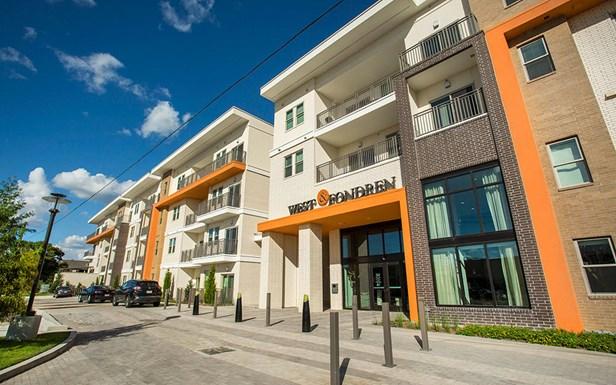 88Twenty Apartments