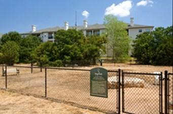 Dog park at Listing #140708