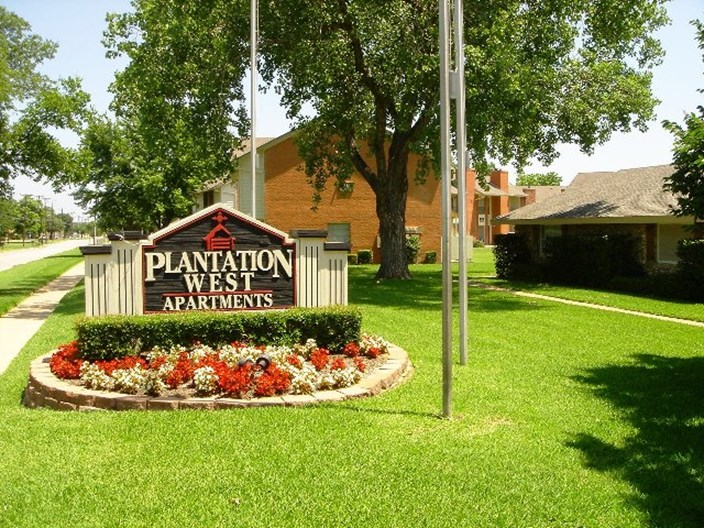 Plantation West Apartments