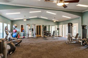 fitness center at Listing #138298