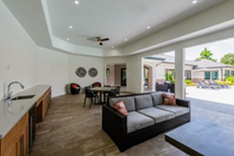 Lounge at Listing #138141