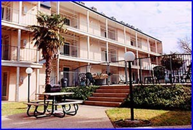 Siesta Place Apartments