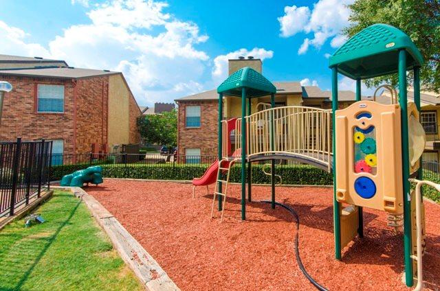 Playground at Listing #136179
