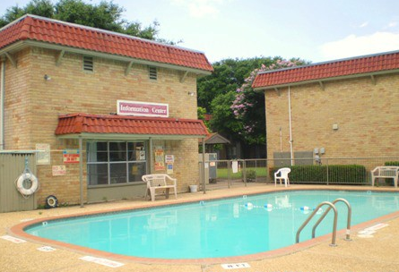 Pool at Listing #137371