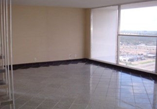 Living at Listing #139634