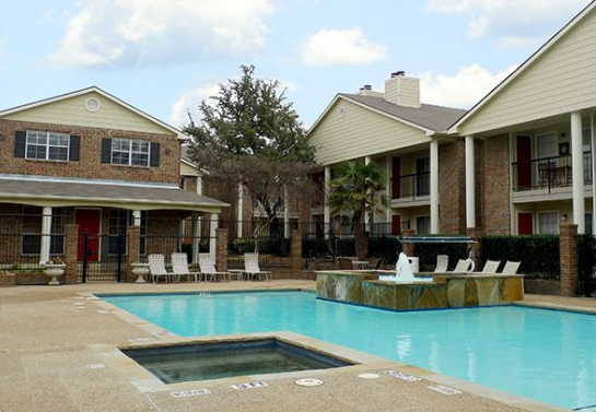 Pool at Listing #135662