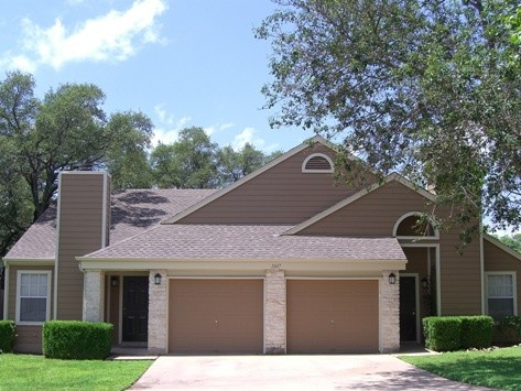 Exterior 1 at Listing #140636