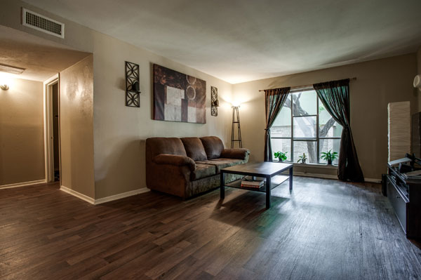 Living at Listing #136446