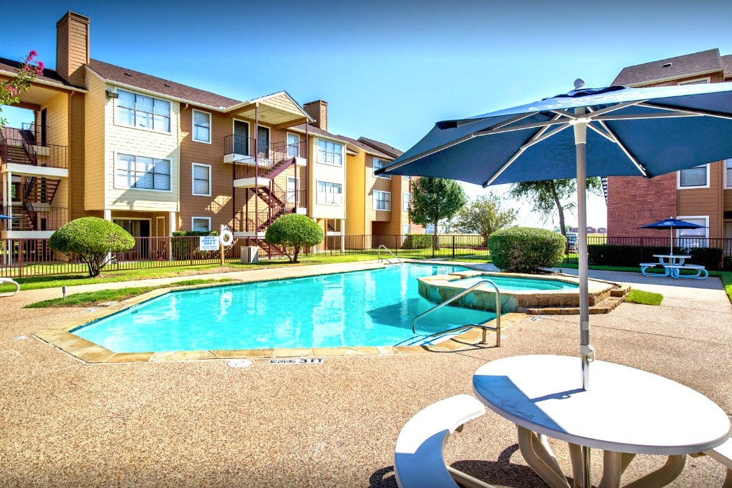 Skyline Place Apartments Dallas, TX