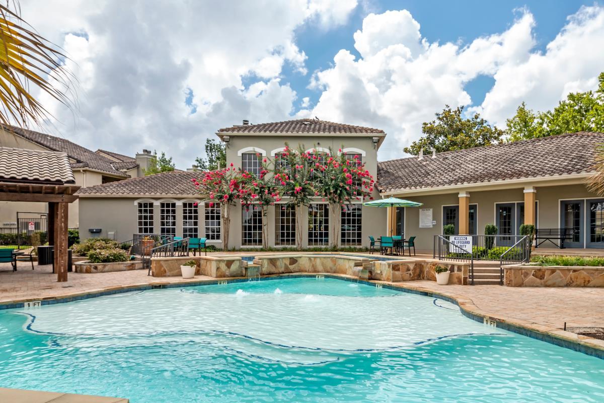 Pool at Listing #138298
