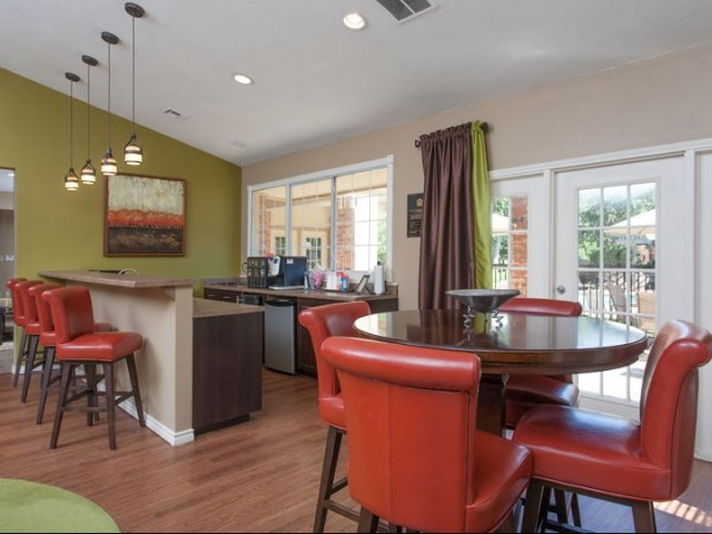Clubhouse at Listing #136804