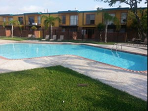 Pool at Listing #138463
