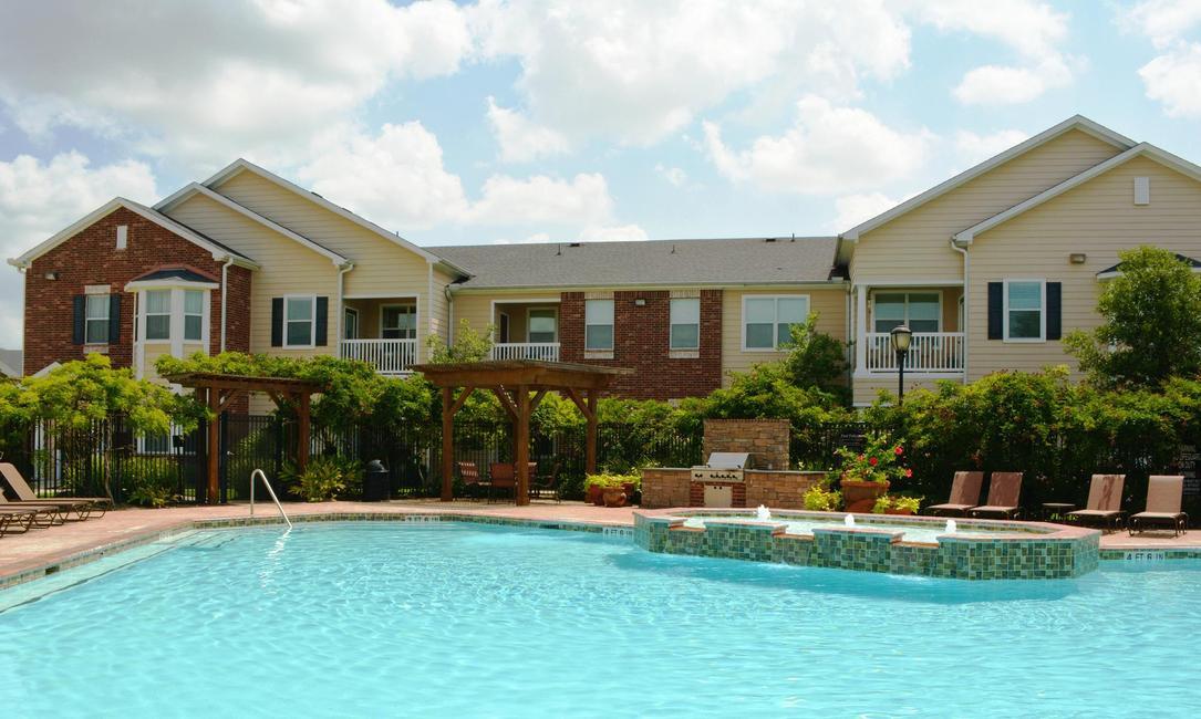 Pool at Listing #144655