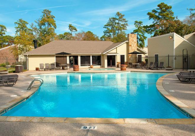 Pool at Listing #138594