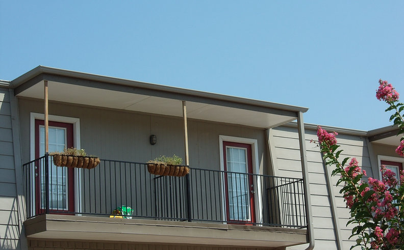 Exterior at Listing #145097