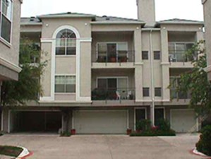 Exterior 5 at Listing #137483