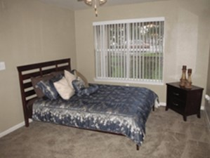 Bedroom at Listing #143471