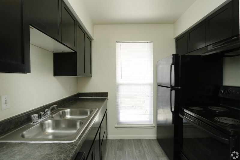 Kitchen at Listing #139773