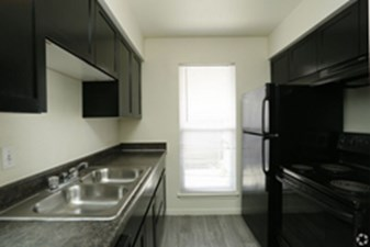 Kitchen at Listing #139773