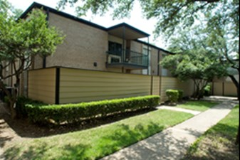 Exterior at Listing #135763