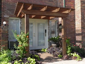 Exterior at Listing #136600